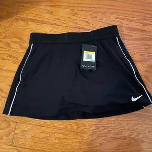 Nike tennis skirt new with tags
